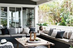 6 outdoor style tips to upgrade your summer entertaining - Furniture Outdoor Living Rooms, Outdoor Dining Furniture, Outdoor Dining Set, Living Room Decor, Outdoor Decor, Rustic Furniture, Antique Furniture, Industrial Furniture, Pool Furniture