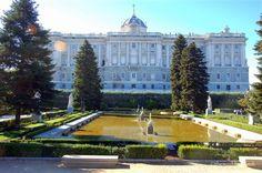 Sabatini Gardens - el Palacio Real - 5 free things to do in Madrid with kids #familytravel  #spain