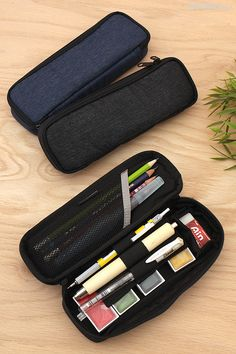 Nomadic PF-15 2-Story Pen Cases are packed with pockets and slots to keep your supplies organized and easy to access.
