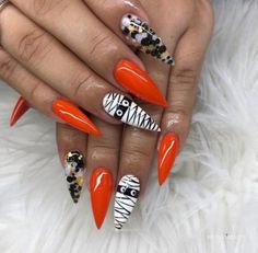 Ongles Gel Halloween, Halloween Acrylic Nails, Halloween Nail Designs, Fall Nail Designs, Cute Acrylic Nails, Fancy Nails, Pretty Nails, Hair And Nails, My Nails
