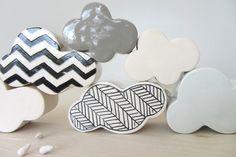 ebenotti Porcelain Off White Raining Cloud Wall Hanging Sculpture, Small