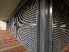 Look at this superb photo - what an imaginative innovation Automatic Blinds, Rolling Shutter, Hurricane Shutters, Privacy Panels, Window Shutters, Pergola Patio, Facade House, Window Design, Outdoor Rooms