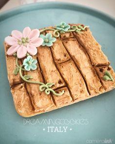 Garden party #decoratedcookies Oak Tree Wedding, Flower Cookies, High Tea, Luau, Cookie Decorating, Tea Party, Decorated Cookies, Garden, Connection