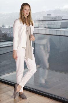 Filippa K Liz Structure Jacket and Fiona Peg. Tricot Silk Tie Blouse in grey www.deguy.no