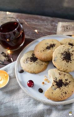 Mix Fresh Coffee Grounds Into Chocolate Chip Batter To Create 'Pick-Me-Up' Cookies