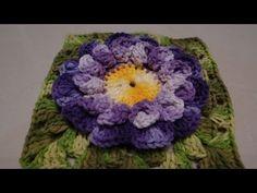 Nesta aula a Professora Simone ensina a confccionar mais uma linda flor em Crochê. Inscreva-se no canal da Professora Simone e receba as aulas no seu E-mail ...