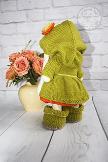 The autumn came - it is time for magical beauty in bright yellow, orange and green colors. Like all Dolls, Bunny should have light, airy, gentle and beautiful clothes. I release the pattern of outfit set, consisting of poofy, glaring dress decorated with fluffy tassels; Warm, cozy coat with a hood; Shoes which complete the image of Autumn; Soft pants and a striped beret which is felt with the smell of autumn.