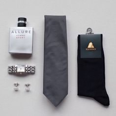 Always sharp, effective, comfortable and confident gentleman's gear #rocksockofficial #rocksock #ootd #outfit #goodmorning #gentlemen #style #fashion #wear #menswear #mensfashion #socks #silver #luxury