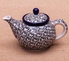 TETERA 2 TAZAS OSCAR  Tú y yo... y nuestro té favorito  My Beautiful Pottery Handmade with love Este producto ha sido elaborado y pintado a mano por expertas artesanas. Doble cocción a 1300ºC única en el mundo, brillo y dureza extraordinarios en el uso diario. #handmade #taza #mymoment #decoración #hogar #tazas #arte #ceramica #artesanal #pottery #Cottage #tetera #tea