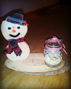 Wooden snowman with a candleholder 2