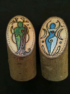 Wooden GOD & GODDESS Altar Decoration. Handcrafted Cernunnos Triple Moon Pagan