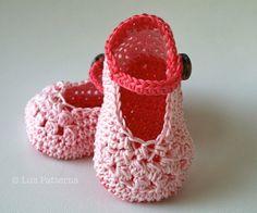 Crochet Patterns, Baby Boots pattern, crochet baby shoes pattern, crochet slipper pattern (56) by Luz Patterns #crochet #crochetpattern