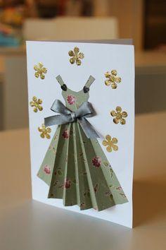 ...kuukkien mekkoluomuksia. Korteiksi toteutettuna. Summer Crafts For Kids, Spring Crafts, Birthday Greeting Cards, Birthday Greetings, Hobbies And Crafts, Diy And Crafts, Scrapbook, Diy Paper, Paper Crafts
