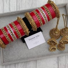 Indian Bridal Jewelry Sets, Bridal Bangles, Indian Jewelry, Wedding Chura, Saree Wedding, Boho Wedding, Wedding Reception, Chuda Bangles, Thread Bangles Design