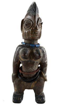 Old African Statue Bronze Sculpture, Sculpture Art, African Artwork, Yoruba, African Tribes, Beautiful Mask, Fetish Fashion, Tribal Fusion, African Masks
