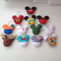 Disney christmas tree ornaments mickey mouse ideas for 2019 Disney Christmas Crafts, Mickey Mouse Christmas Tree, Disney Christmas Decorations, Cool Christmas Trees, Disney Crafts, Diy Christmas Gifts, Holiday Crafts, Xmas, Disney Felt Ornaments
