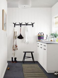 From entryways to bedrooms, the modern design of our Crew multiple wall hook created from solid steel, provides so many ways to create your ideal storage solution.