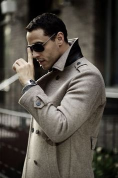 Daniel Sunjata. Lordy. #graceland #gorgeous