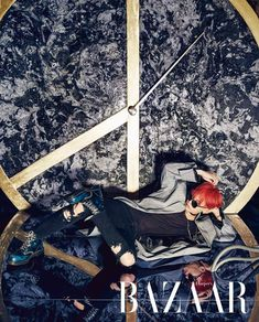La revista Harper's Bazar ha revelado fotos de su sesión junto a G-Dragonde BIGBANG a través de sus cuentas de redes sociales oficiales. La edición de julio de la revista pretende reflejar el artista dentro del cantante. El logo de paz de la estrella es utilizado como un reloj de fondo en la sesión de …
