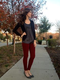 Maroon bottoms, gray top (maroon skirt, gray 3/4 sleeve petites flowy top)