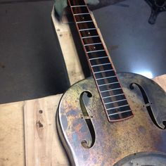 Patina and fretboard binding