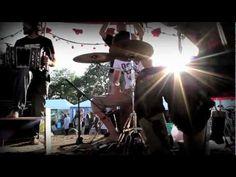 """Violentango en Glastonbury - """"Pánico y Locura en el Sifó"""" - Vivo HD"""