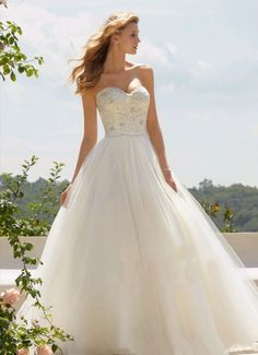 Princess style, crystal beaded top, wedding dress