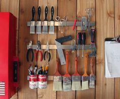 IHeart Organizing: Reader Space: A Groovy Garage Filled with lots of neaty solutions