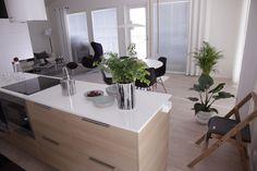 tupakeittiö Kitchen Island, Home Decor, Island Kitchen, Decoration Home, Room Decor, Home Interior Design, Home Decoration, Interior Design