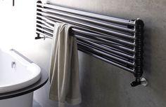Il 'sopra vasca' ideale per completare un ambiente bagno elegante//  The perfect radiator to be placed  over bath to perfectly complete a stylish bathroom environment. #bathroom #home #furniture #heating #casa #riscaldamento #design #bassatemperatura