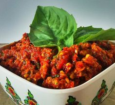 Sundried tomato and red pepper dip