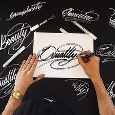 Hand Lettering by Ricardo Gonzalez: http://www.playmagazine.info/hand-lettering-ricardo-gonzalez/