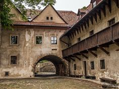 Things to do in Prešov region, Slovakia - 30 places to visit in Presov region Stuff To Do, Things To Do, Great Pictures, Medieval, Places To Visit, Castle, Europe, Building, Nature