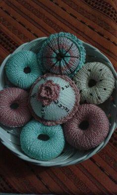 Donuts, cupcake, ferri circolari.