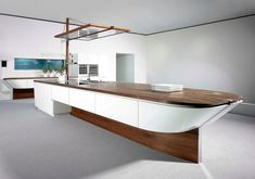 German kitchen manufacturer Alno has created the Marecucina kitchen series. The kitchen counters and islands in this kitchen series have a boat-like form Kitchen Furniture, Kitchen Interior, Kitchen Decor, Furniture Design, Contemporary Kitchen Island, Modern Kitchen Design, Modern Kitchens, Kitchen Built Ins, Nautical Kitchen