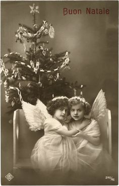 Old Photo Cute Angel Girls - this is so lovely!