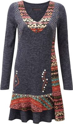 This plus size tunic is one of my favorites: folk-fashion-trend-in-plus-sizes-vintage-styles-for-modern-women Folk Fashion, Vintage Fashion, Womens Fashion, Fashion Trends, Fashion Styles, Fashion Ideas, Fashion Sewing, Fashion 2017, Fashion Outfits