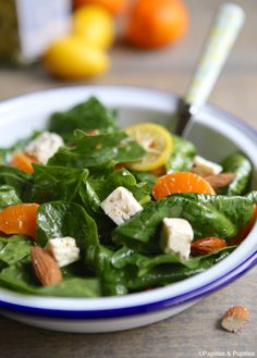 Spinach, clementine, almond and feta salad - Spinach, clementine, almond and feta salad - Vegetable Salad Recipes, Healthy Salad Recipes, Raw Food Recipes, Healthy Drinks, Appetizer Recipes, Healthy Eating, Potluck Side Dishes, Feta Salat, Organic Recipes