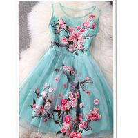 This dress is so cute.