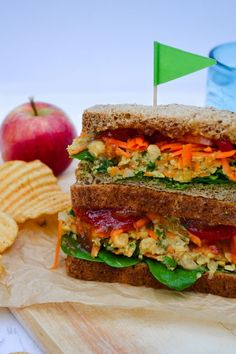 Spiced Chickpea and Carrot Sandwich Filler Recipe – Tinned Tomatoes - Vegan Sandwich Vegetarian Recepies, Veggie Recipes, Healthy Recipes, Vegan Vegetarian, Healthy Foods, Veggie Sandwich, Sandwich Recipes, Chickpea Sandwich, Vegan Sandwiches