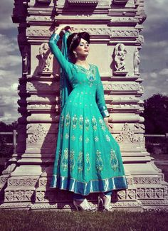 ok not as pretty as the other anarkali i have in my bord but I love the color