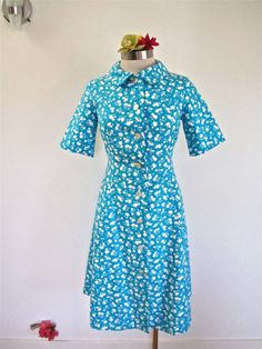 Sz. XXS XS 60 70s Blue Floral Shift Day Dress by LikewiseVintage