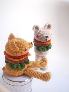 This is a PDF CROCHET PATTERN, NOT THE FINISHED DOLL. BURGER BEAR is an original amigurumi pattern, so you can crochet your own doll. The patterns is suitable for both beginners and more experienced crafters. Required skills for this pattern: magic loop, crocheting in spiral, color changing, increase, decrease and the basic crochet stitches, single crochet and double crochet. If you have any quiestion about the pattern, feel free to contact, me, i wil be happy to help you! Pattern is…