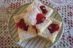 recipe for cherry squares Yummy Treats, Delicious Desserts, Sweet Treats, Recipe For Cherry Squares, Cherry Pie Bars, Grandma Cookies, Canned Cherries, Brownie Bar, Dessert Bars