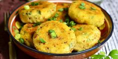 Meade potato offers products information and recipes including for Coriander and Herb Potato Patties Lithuanian Recipes, Potato Patties, Lemon Potatoes, Toddler Lunches, Potato Cakes, Easy Food To Make, 20 Min, Vegetarian Cheese, Baby Food Recipes