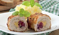 Sváteční kuřecí rolky plněné brusinkami a sýrem