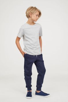 Discount Kids Clothes Discount Kids Clothes Yuoko Al Gafree Yuoko Al Gafree boy Boys clothes Cool Discount Kids Kids Hairstyles boys style Teenage Discount Kids Clothes New hellip Fashion Kids, H&m Fashion, Boys Haircuts Long Hair, Boy Hairstyles, Kids Hairstyle, Trendy Haircuts, Formal Hairstyles, Toddler Boy Outfits, Outfits For Teens