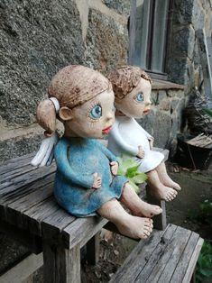 2x Andílek baculatý sedící (na přání) / Zboží prodejce Kočida | Fler.cz Pottery Sculpture, Ceramic Art, Art For Kids, Garden Sculpture, Clay, Child, Outdoor Decor, Baby Dolls, Art For Toddlers
