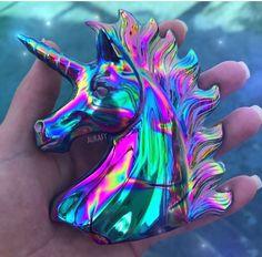 How gorgeous this unicorn quartz 🦄💖 dreeeaaamy Unicorn Fantasy, Real Unicorn, Unicorn Art, Magical Unicorn, Rainbow Unicorn, Unicornios Wallpaper, Unicorn Fashion, Unicorn Bedroom, Unicorn Pictures