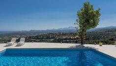Panoramic sea view over the sea at Villa Eleni, #Crete. More info on http://www.lecollectionist.com/fr/Location-Villa-luxe/Louer-iles-crete/villa-eleni #leCollectionist #LuxuryTravel #SeaView #Greece #BeACollectionist